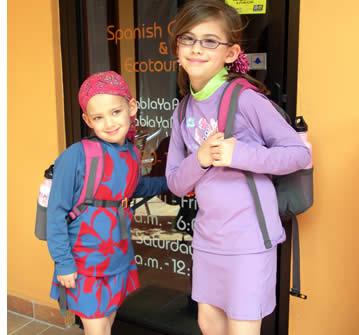 À Habla Ya nous avons plusieurs activités culturelles et sociales appropriées pour les enfants
