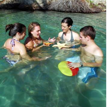 Au cours de vacances d'été et haute saison, nous offrons des cours d'espagnol pour les adolescents en petits groupes